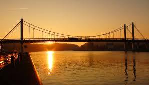 nieuw-brug-bij-zonsondergang