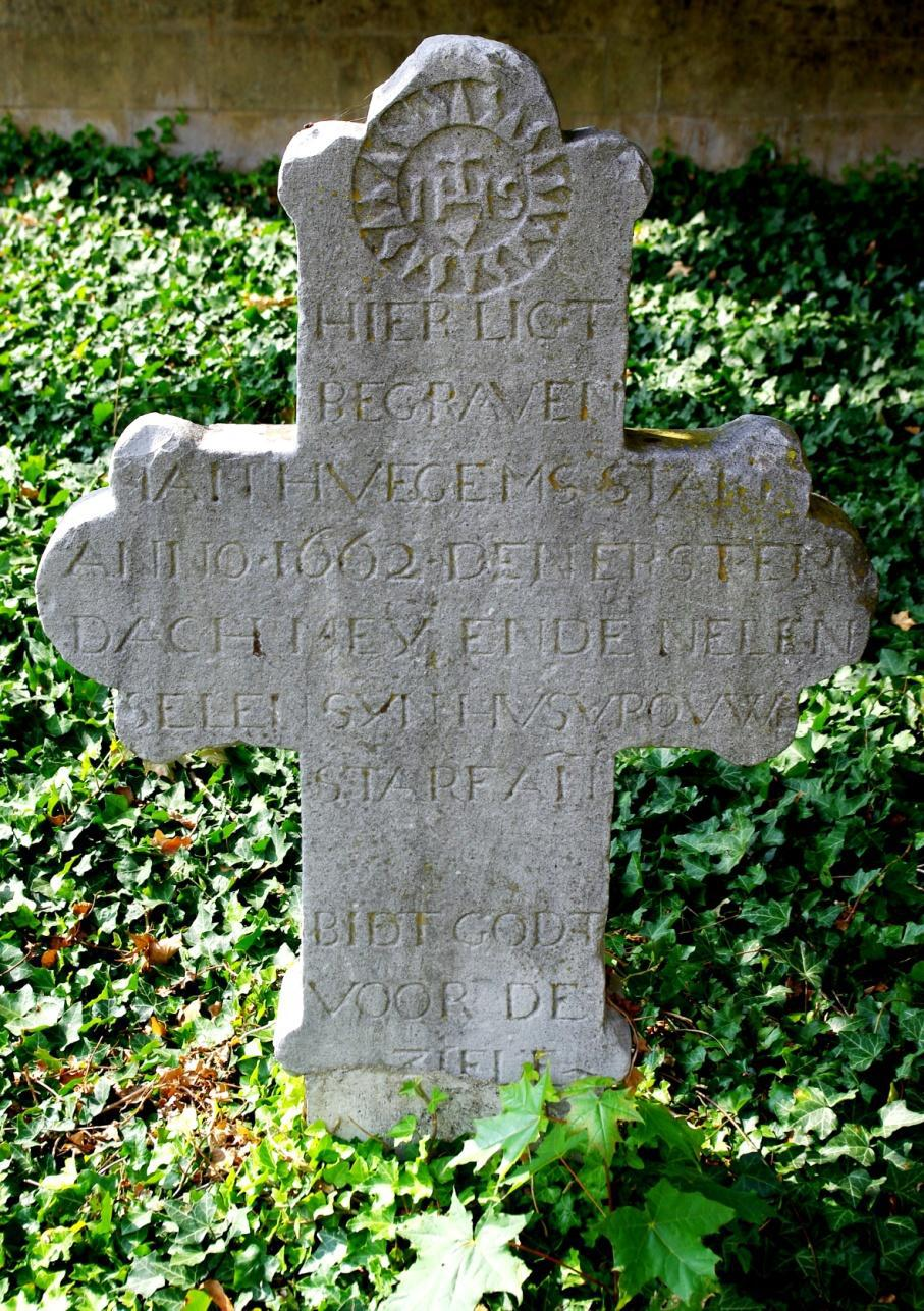 """Oude grafstenen op het """"nieuwe"""" kerkhof van Kanne (3)"""