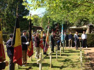 Hulde op de militaire begraafplaats Meerland