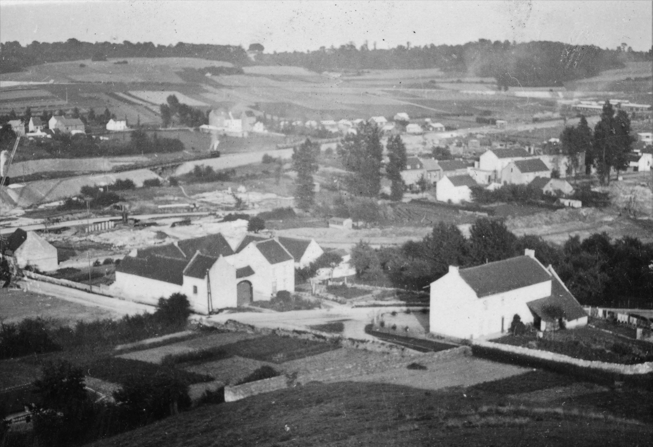 Foto-album Albertkanaal.  Woningen en een fabriek moesten wijken.