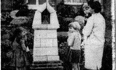 De restauratie van de kruiswegkapelletjes.